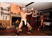 Tanečníci - Dancers
